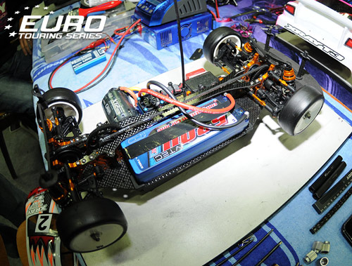 Xray T3 chassis